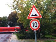 Unebene Fahrbahn in der Anwendung